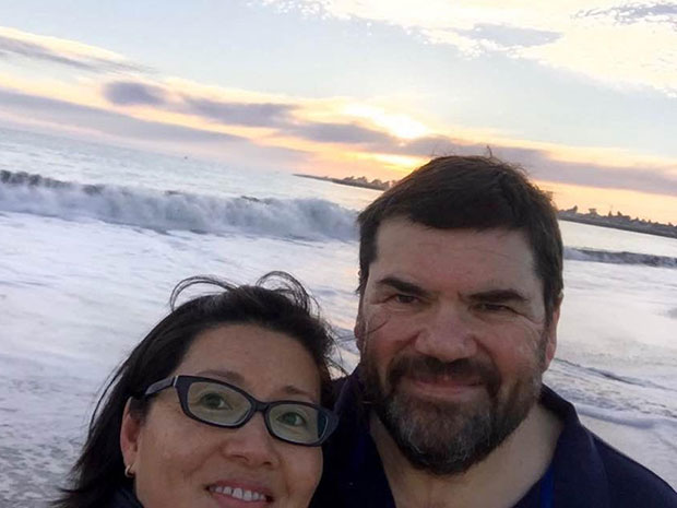 Quick, what's the most recent photo on your phone? For photo sharing pioneer Philippe Kahn, it's a selfie of him with his wife, Sonia Lee, on the beach.